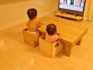 座面の高さが変化する変化椅子!?一枚の板から子供用の椅子が作れる簡単DIYを使おう
