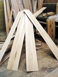 長めの木の板