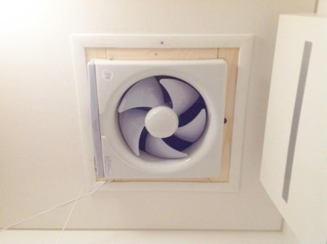 【DIY屋根裏換気システム】屋根裏の熱気を強制排気する方法