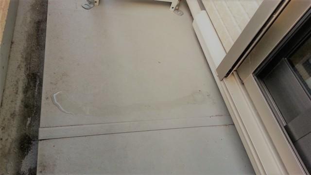 暖房時の部屋の乾燥は窓ガラスやサッシについた露が室外に出る