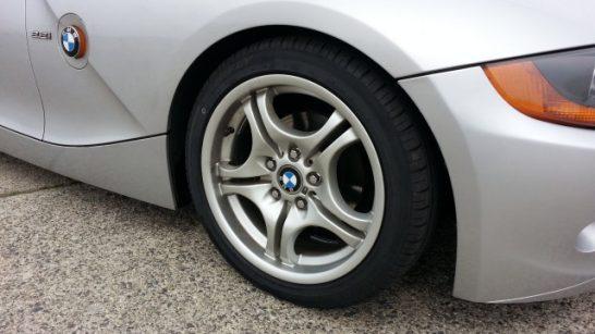 BMWにハイフライタイヤ