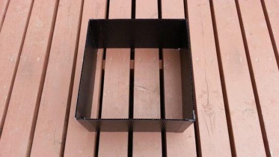 プラダンで換気扇の枠を作成