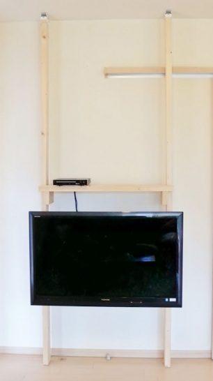 ディアウォールを使ったテレビの壁掛け方法