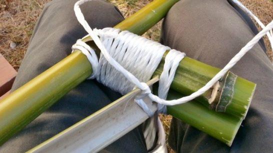 固結びした紐