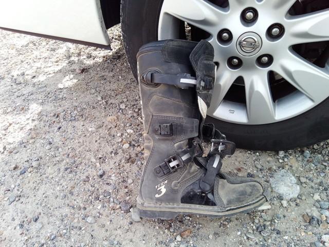靴底を接着剤補修してから半年後