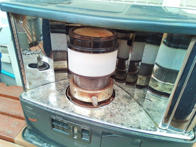 石油ストーブの燃焼筒