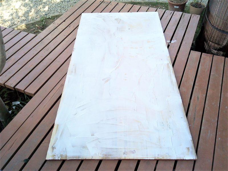 木工用ボンドを一面に塗布